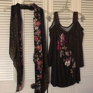 Catherines blouse top 2x 22/24 and scarf set
